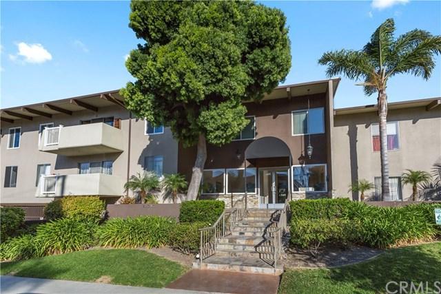 23930 Los Codona Avenue #208, Torrance, CA 90505 (#SB18060278) :: Barnett Renderos