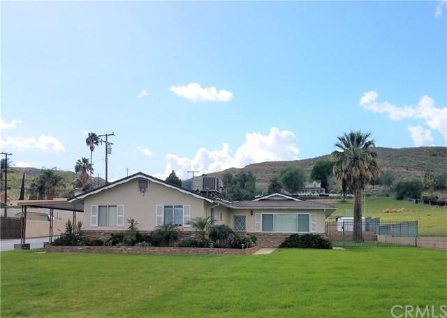11778 Bostick Avenue, Colton, CA 92324 (#EV18066572) :: The Darryl and JJ Jones Team