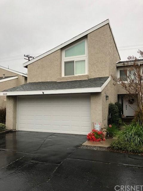 23121 Yvette Lane #24, Valencia, CA 91355 (#SR18066586) :: Dan Marconi's Real Estate Group