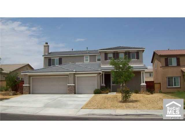 15096 Arcadian Street, Adelanto, CA 92301 (#RS18066597) :: Dan Marconi's Real Estate Group