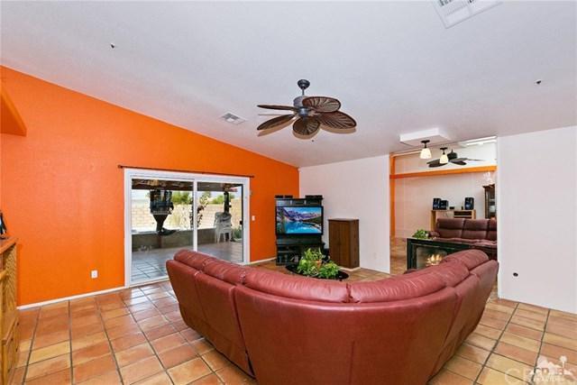 12105 Sumac Drive, Desert Hot Springs, CA 92240 (#218009466DA) :: RE/MAX Masters