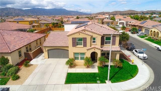 29339 Grand Slam, Lake Elsinore, CA 92530 (#CV18065976) :: Kim Meeker Realty Group