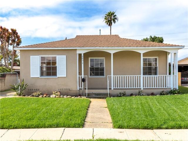 2671 S Dolphin Street, San Pedro, CA 90731 (#PV18067131) :: Barnett Renderos