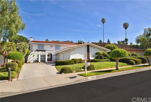 30012 Via Rivera, Rancho Palos Verdes, CA 90275 (#PV18063220) :: Barnett Renderos