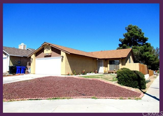 13796 Angeles Drive, Victorville, CA 92392 (#CV18067352) :: RE/MAX Masters