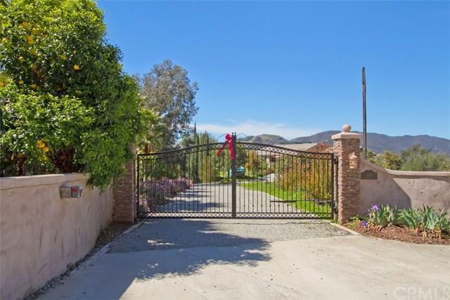 15481 Topa Road, Pauma Valley, CA 92061 (#OC18068913) :: Barnett Renderos