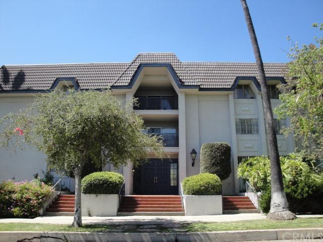 497 S El Molino Avenue #110, Pasadena, CA 91101 (#AR18071223) :: RE/MAX Empire Properties