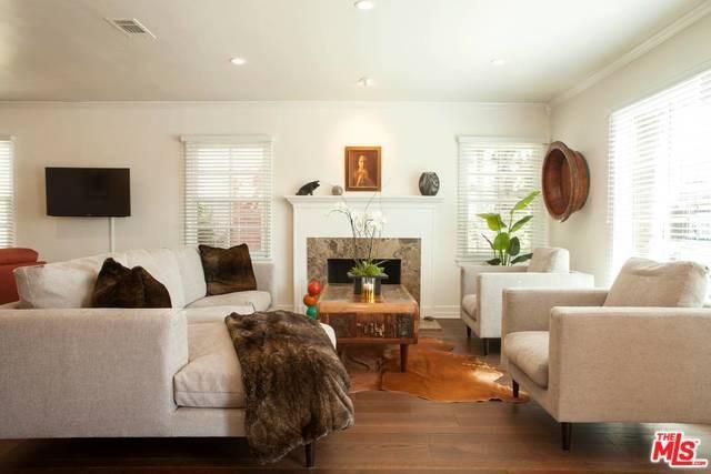 133 Venetia Drive, Long Beach, CA 90803 (#18328660) :: Kristi Roberts Group, Inc.