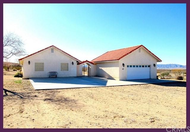8972 Midway Avenue, Lucerne Valley, CA 92356 (#CV18074516) :: RE/MAX Empire Properties