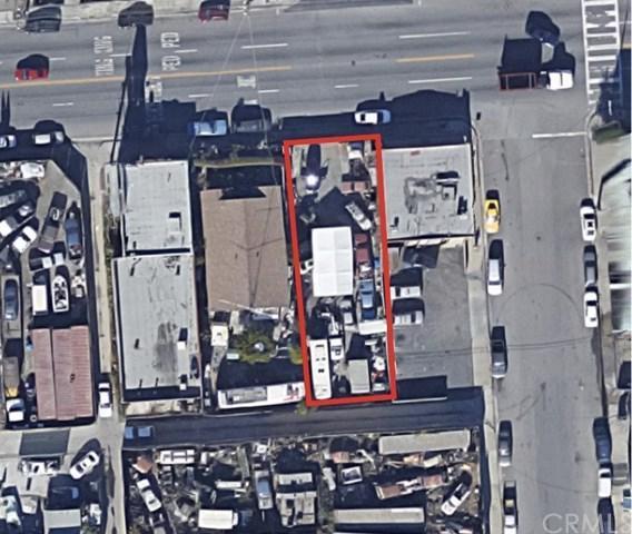 1124 Anaheim Street, Wilmington, CA 90744 (#SB18075383) :: Impact Real Estate