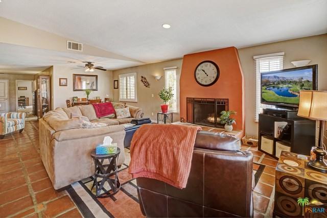 9740 Hoylake Road, Desert Hot Springs, CA 92240 (#18327514PS) :: Barnett Renderos