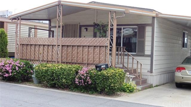 15408 Ludlow #126, Mission Hills (San Fernando), CA 91345 (#SR18076630) :: Kristi Roberts Group, Inc.