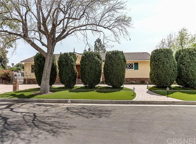 10710 Colebrook Street, Shadow Hills, CA 91040 (#SR18079800) :: UNiQ Realty