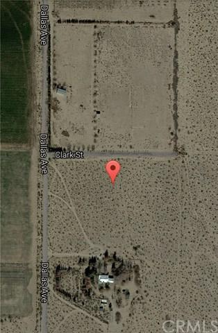 10079 Dallas Avenue, Lucerne Valley, CA 92356 (#CV18080301) :: RE/MAX Empire Properties