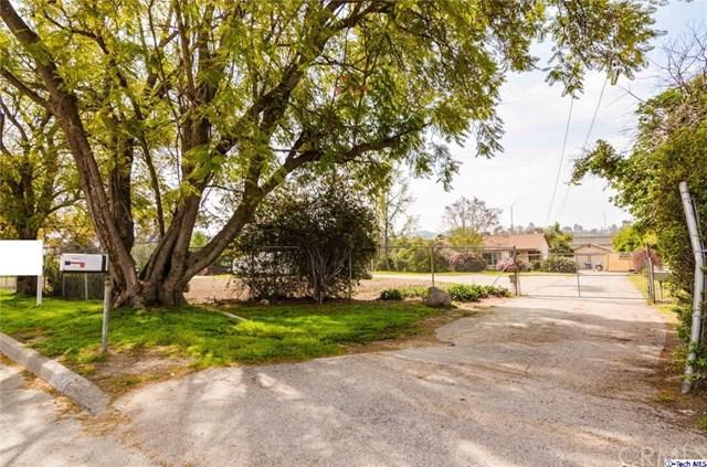 10404 Foothill Boulevard, Lakeview Terrace, CA 91342 (#318001291) :: The Brad Korb Real Estate Group