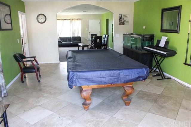 14915 Sandra Street, Mission Hills (San Fernando), CA 91345 (#SR18082934) :: Impact Real Estate