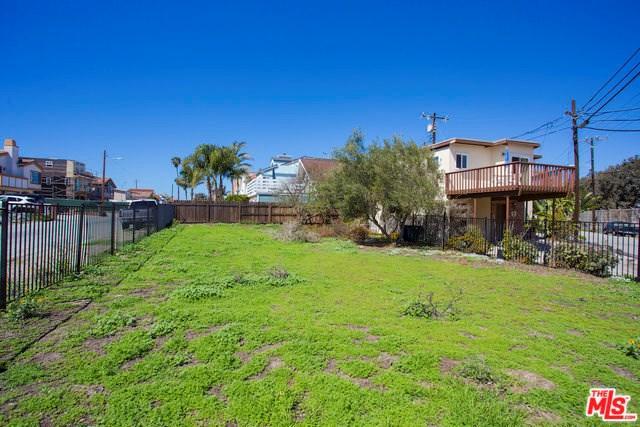 353 Hollywood Boulevard, Oxnard, CA 93035 (#18332306) :: Pismo Beach Homes Team