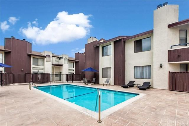 6323 Reseda Boulevard #54, Tarzana, CA 91335 (#SR18085024) :: RE/MAX Empire Properties