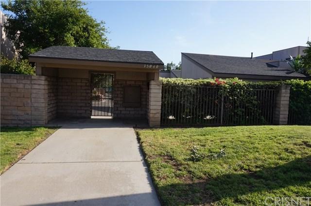 15040 Chatsworth Street A, Mission Hills (San Fernando), CA 91345 (#SR18085895) :: Kristi Roberts Group, Inc.
