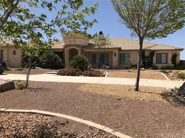 7482 Royal View Lane, Oak Hills, CA 92344 (#CV18087377) :: RE/MAX Empire Properties
