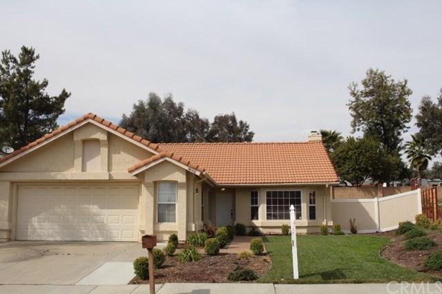 34410 Via Buena Drive, Yucaipa, CA 92399 (#EV18086728) :: Angelique Koster