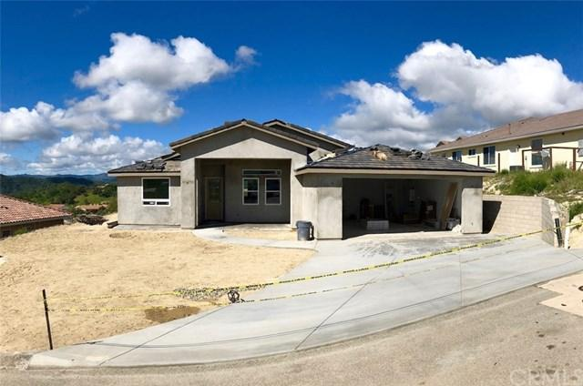 3375 Lakeside Village Drive, Paso Robles, CA 93446 (#NS18088338) :: RE/MAX Parkside Real Estate