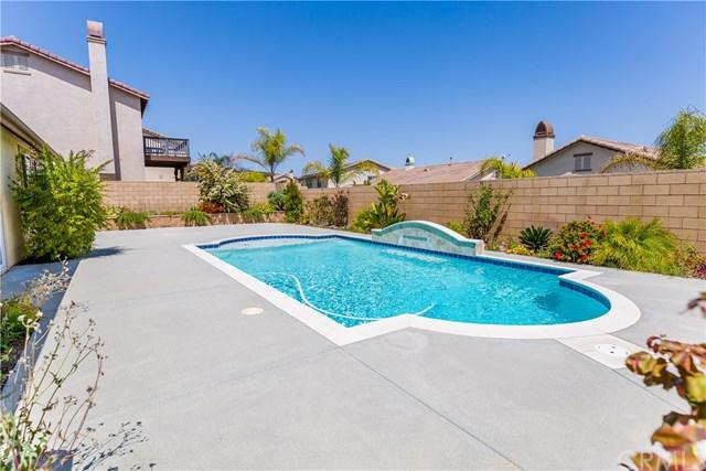 34786 Heritage Oaks Court, Winchester, CA 92596 (#SW18088483) :: Lloyd Mize Realty Group