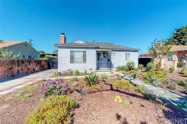 7843 Vantage Avenue, North Hollywood, CA 91605 (#SR18085212) :: Barnett Renderos