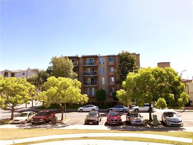 460 Golden Avenue #104, Long Beach, CA 90802 (#RS18088186) :: Keller Williams Realty, LA Harbor