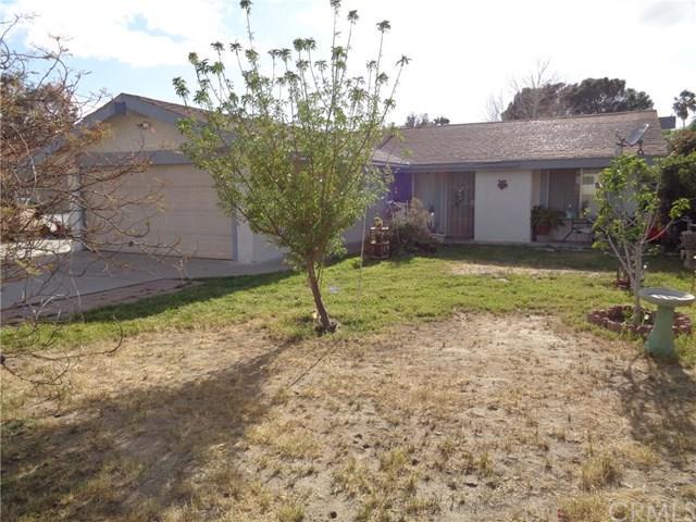 26761 Yale Street, Hemet, CA 92544 (#SW18089396) :: Impact Real Estate