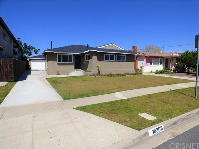 16303 S Manhattan Place, Gardena, CA 90247 (#SR18089428) :: Keller Williams Realty, LA Harbor