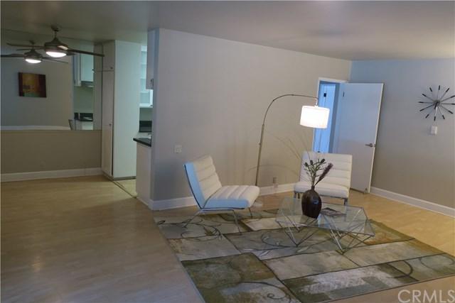 1139 E Ocean Blvd #106, Long Beach, CA 90802 (#OC18088874) :: Keller Williams Realty, LA Harbor