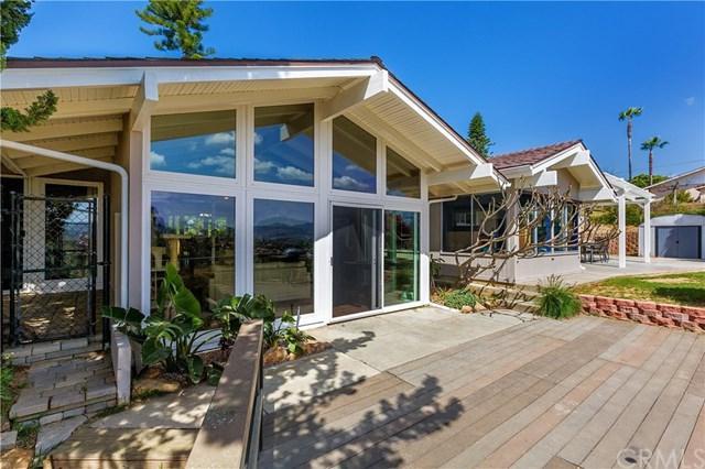 1465 Santa Margarita Drive, Fallbrook, CA 92028 (#SW18089595) :: RE/MAX Empire Properties