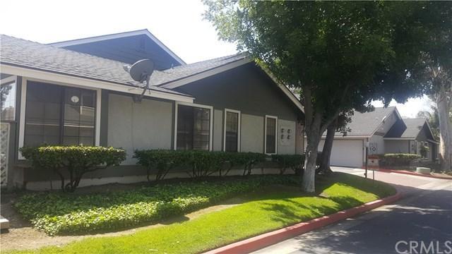 8825 Applewood Drive, Rancho Cucamonga, CA 91730 (#CV18089631) :: Angelique Koster