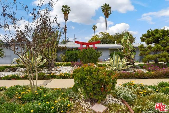 15363 Leadwell Street, Van Nuys, CA 91406 (#18334534) :: Kristi Roberts Group, Inc.