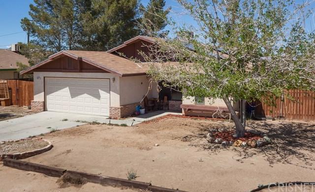 8861 Redwood Boulevard, California City, CA 93505 (#SR18089872) :: Barnett Renderos