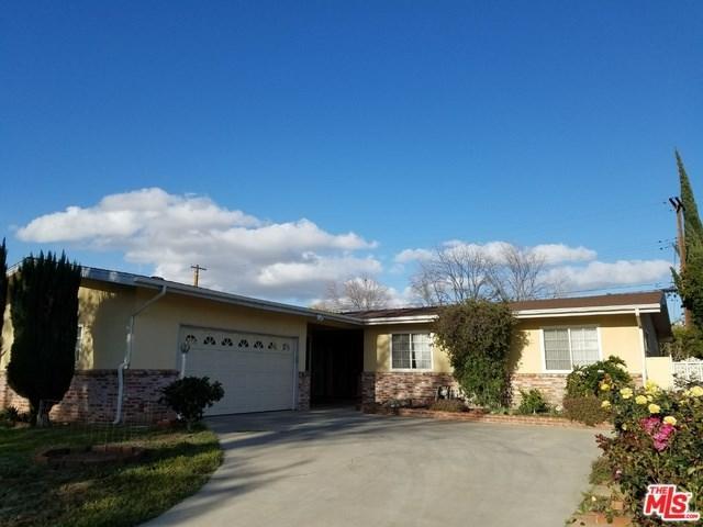 8054 Greenbush Avenue, Panorama City, CA 91402 (#18335108) :: Kristi Roberts Group, Inc.