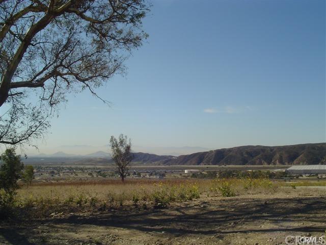 4147 Meyer, San Bernardino, CA 92407 (#EV18090120) :: RE/MAX Empire Properties