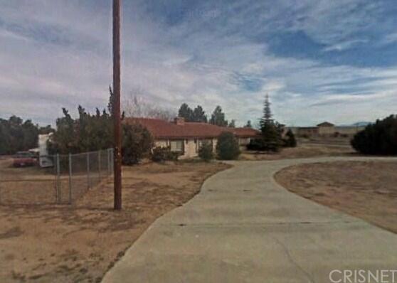 40004 16th Street W, Palmdale, CA 93551 (#SR18090682) :: RE/MAX Empire Properties