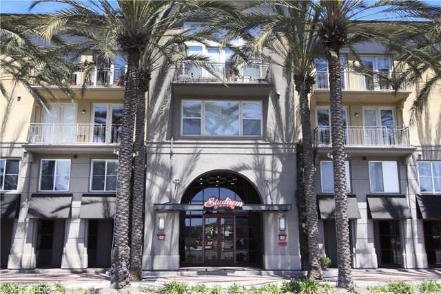 1801 E Katella Avenue #3044, Anaheim, CA 92805 (#WS18085386) :: Ardent Real Estate Group, Inc.