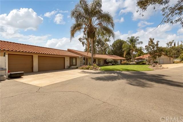3127 Vista Del Rio, Fallbrook, CA 92028 (#OC18090911) :: Impact Real Estate