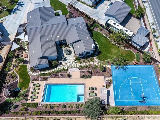 23914 Nutwood Way, Murrieta, CA 92562 (#SW18091026) :: RE/MAX Empire Properties