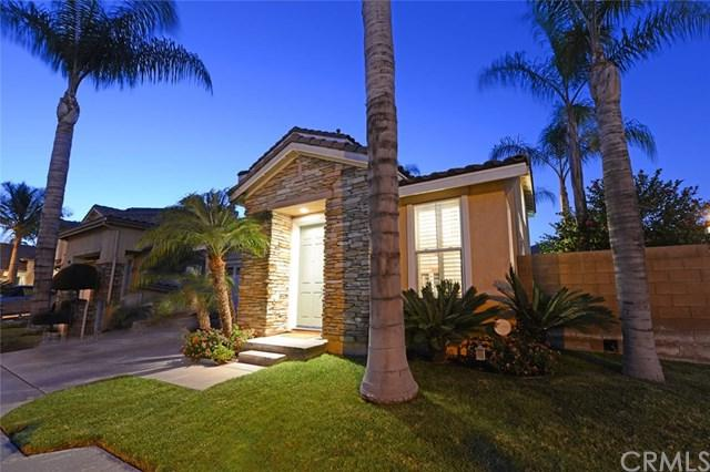 1025 E Thomann Drive, Placentia, CA 92870 (#PW18091139) :: The Darryl and JJ Jones Team
