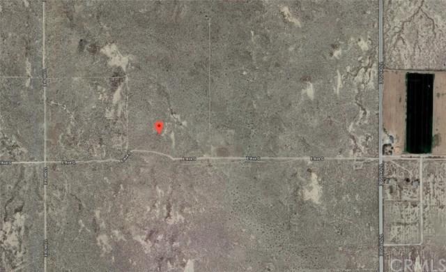114 Vac/Ave G/Vic 114 Ste, Redman, CA 93535 (#CV18091313) :: RE/MAX Masters