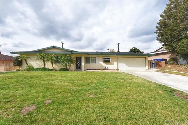 2261 E Foothill Drive, San Bernardino, CA 92404 (#IV18091379) :: Impact Real Estate