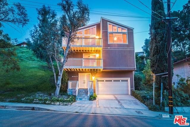5217 Marmol Drive, Woodland Hills, CA 91364 (#18335532) :: Barnett Renderos