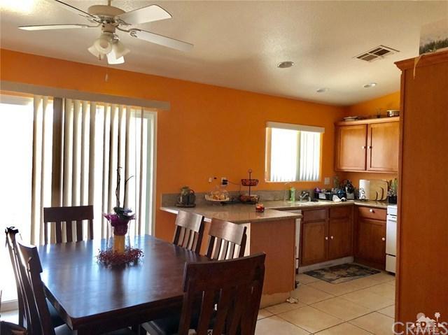 16109 Avenida Merced, Desert Hot Springs, CA 92240 (#218012562DA) :: Barnett Renderos