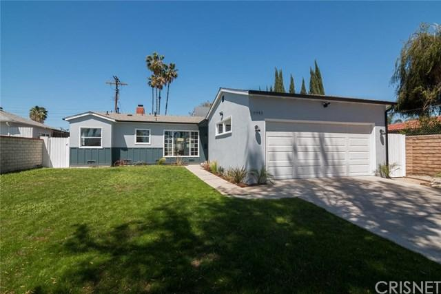 16943 Cantlay Street, Lake Balboa, CA 91406 (#SR18091735) :: The Brad Korb Real Estate Group