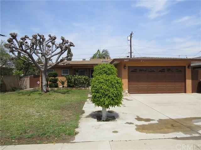 1407 E Pinewood Avenue, Anaheim, CA 92805 (#PW18091837) :: The Darryl and JJ Jones Team