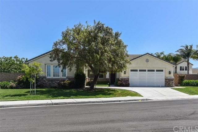 14161 Sugarcreek Circle, Eastvale, CA 92880 (#TR18091693) :: The DeBonis Team
